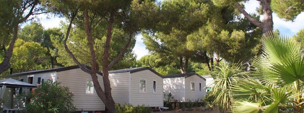 Camping 13 Bouches du Rhone avec mobil home et piscine
