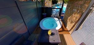 Profitez d'une piscine chauffée sur la Côte Bleue !